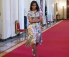 ميشيل أوباما تحكى عن معاناتها من البشرة السوداء