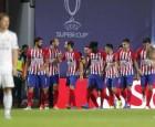 أتلتيكو مدريد يقلب الطاولة على ريال مدريد ويتوج بكأس السوبر الأوروبية