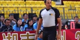 العراقي أحمد علي يشارك في تحكيم مونديال السلة للسيدات