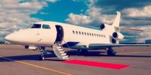 فنانون عرب يمتلكون طائرات خاصة.. من هم؟