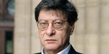 سرقات محمود درويش