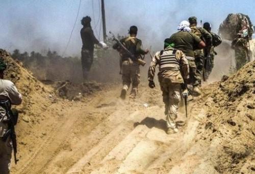 مصدر حكومي: العبادي يمنح حشد المرجعية دورا أكبر في الحدود الغربية لمنع الفصائل المتجهة للقتال بسوريا أو فتح جبهة ضد السعودية