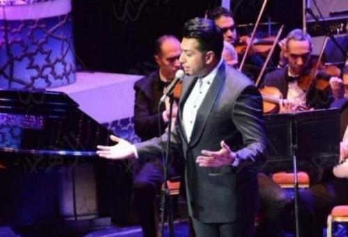 همام ابراهيم يغني بجدارة في دار الأوبرا المصرية