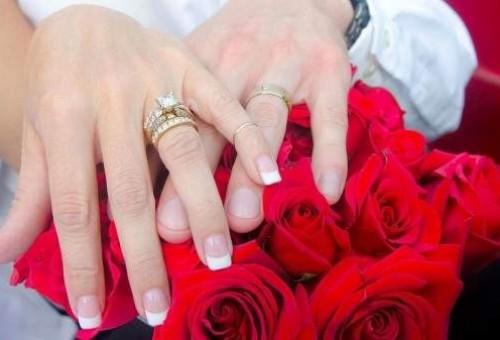 إيّاكم والزواج في عيد العشّاق وإلاّ..