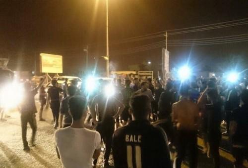 طلبة جامعة البصرة يروون لـ(العالم الجديد) تظاهراتهم ضد اعتداء حراس بالضرب على زميلهم الراقد في المستشفى