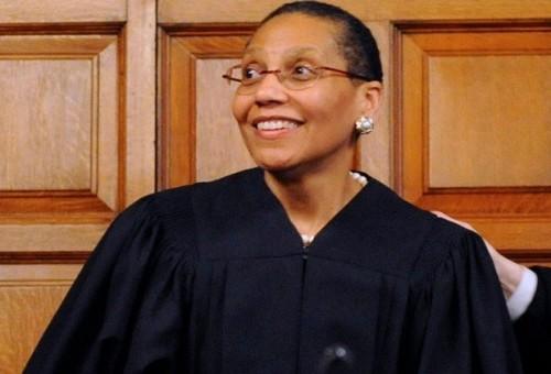 العثور على جثة أول قاضية مسلمة في نيويورك