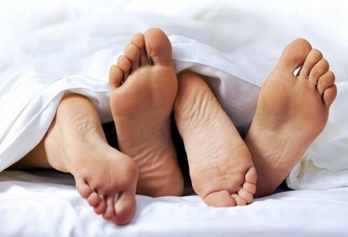 الفوائد النفسية والجسدية للممارسة الجنسية