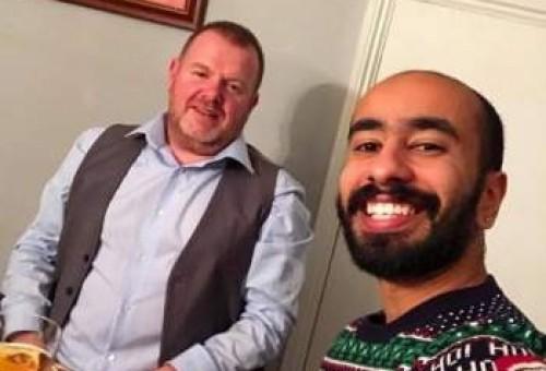 بعد إعلانه مثليته وزواجه من حبيبه.. نجم ستار أكاديمي السعودي يثير الجدل بدخوله الكنيسة