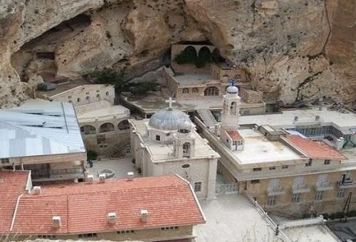 سوريا تدعو الروس إلى سياحة دينية وتاريخية تشمل دور العبادة الأثرية على أراضيها