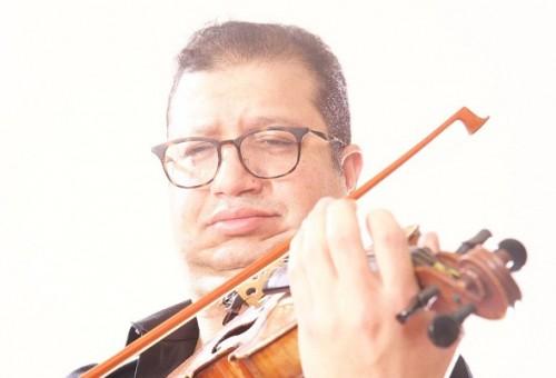 موسيقار مصري يتحدث عن تلقيه تهديدات من الرياض