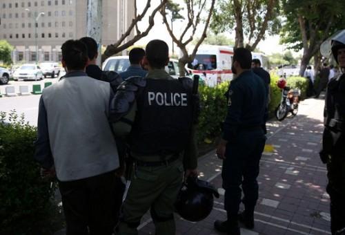 مقتل 3 في هجوم يستهدف مقرا للشرطة جنوب شرقي إيران