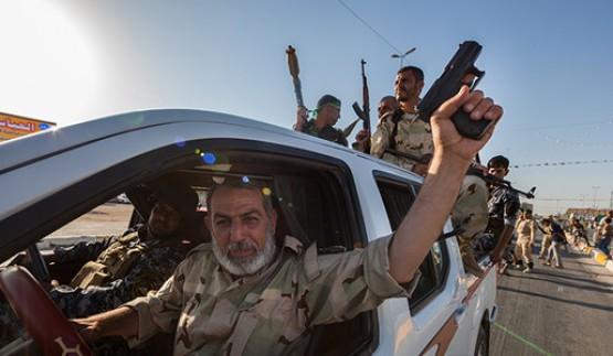 """فورين بوليسي: مسلحون بداعش يعودون عبر نافذة """"الحشد الشعبي"""""""